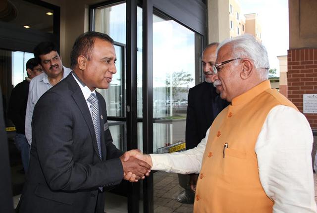 Indo-Canada Chamber of Coomerce president Sanjay Makkar welcoming Haryana CM Manohar Lal Thakkar in-Toronto in August.